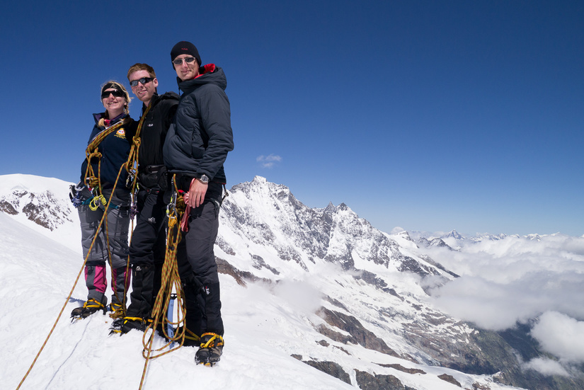 Atmospheric conditions on the final snow arete