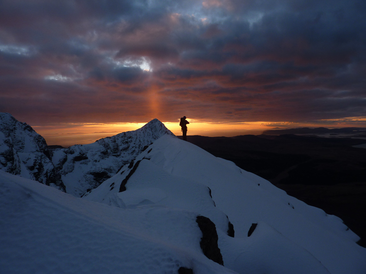 Stunning sunset over Sgurr Thuilm