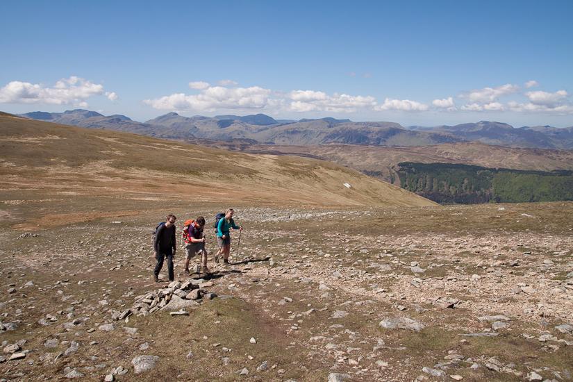 Walking along the ridge north