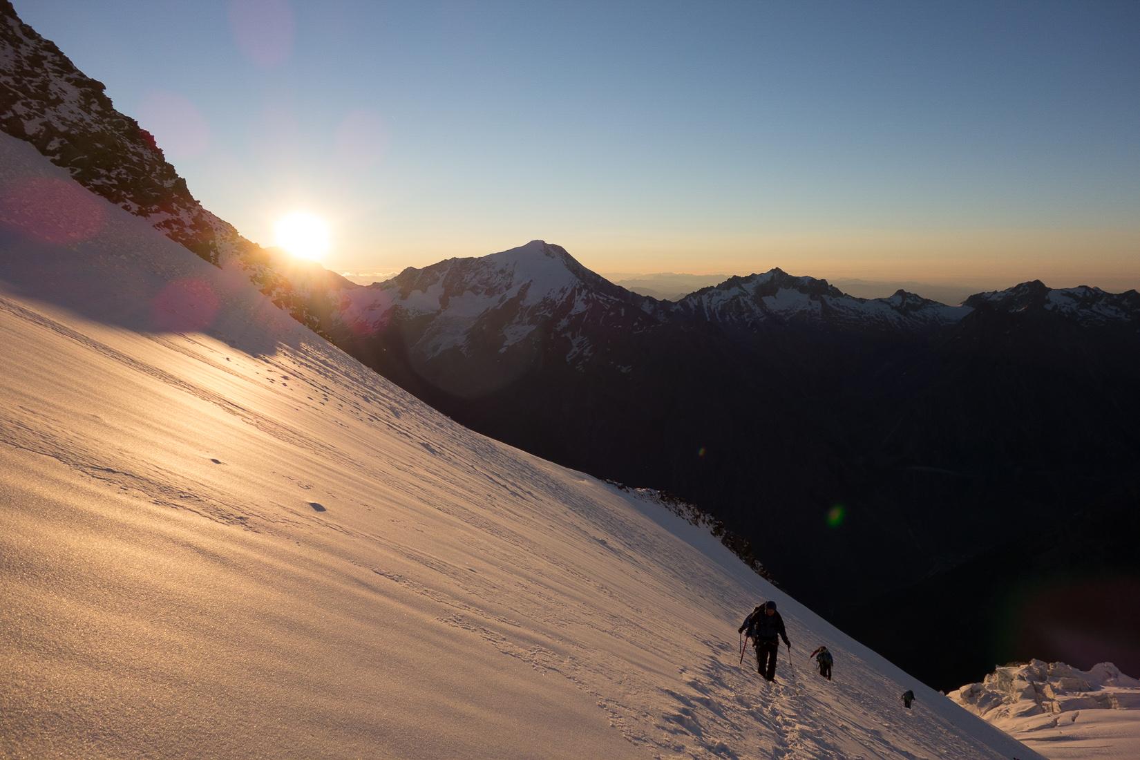 Sunrise approaching the Windjoch