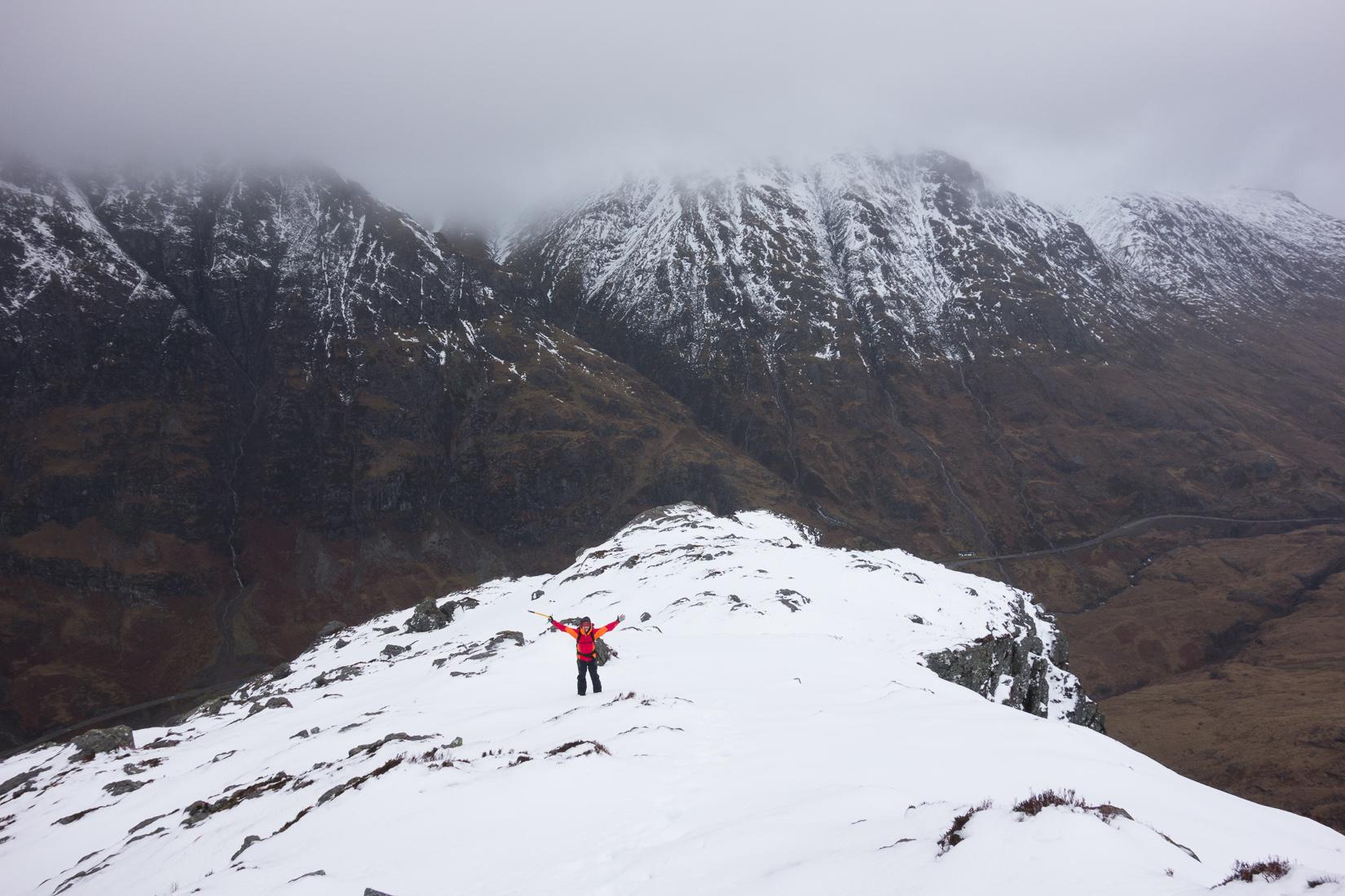 Approaching Gearr Aonach