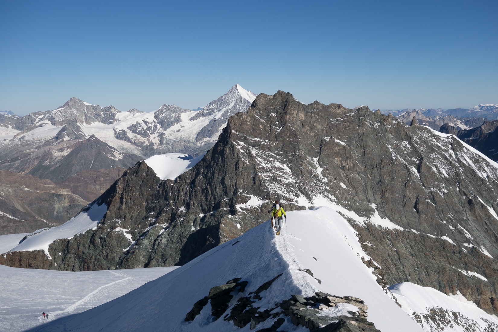 Summit arete of the Strahlhorn