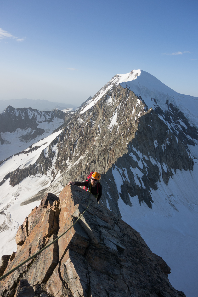 Great scrambling on the Lagginhorn Traverse
