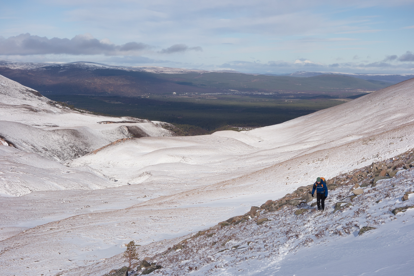 Walking above the Lairig Ghru