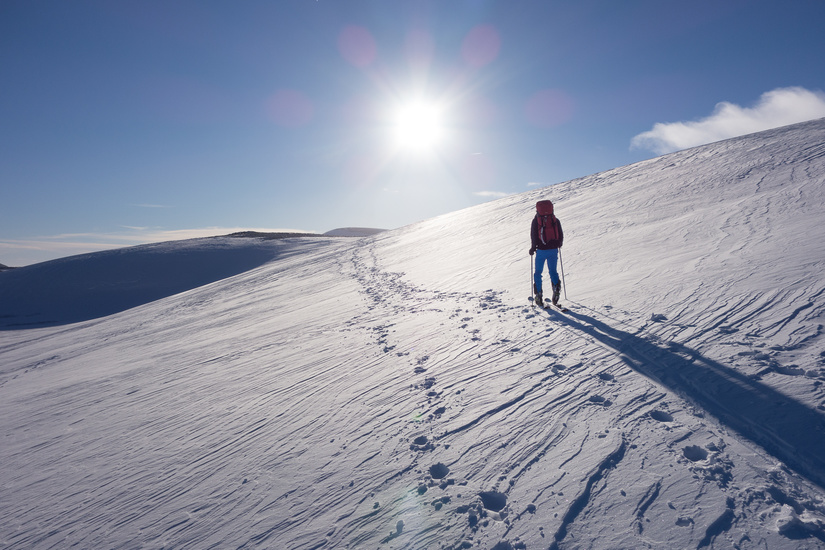 Skinning towards Ben Macdui