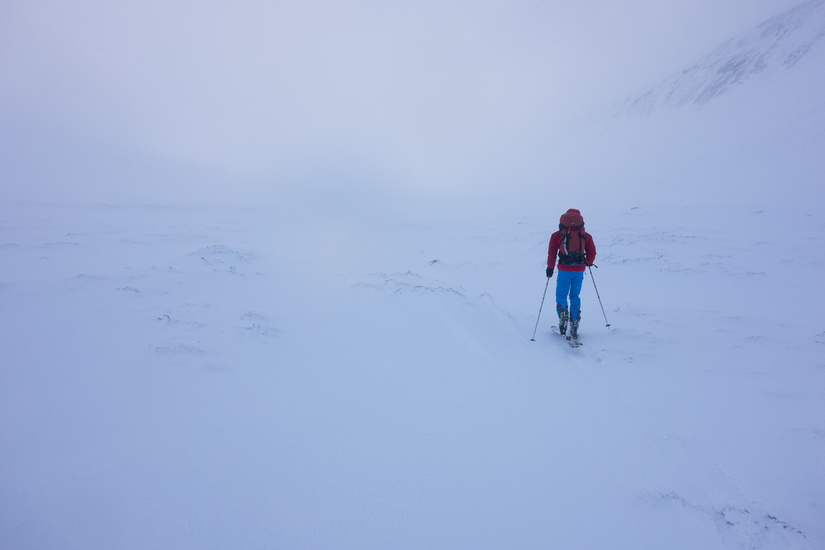 Skinning up the Lairig Ghru