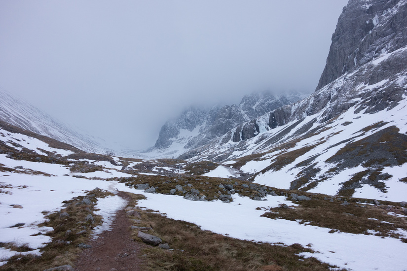 Walking into a very icy Ben Nevis