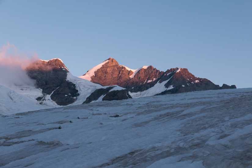Dawn light on the Jungfrau