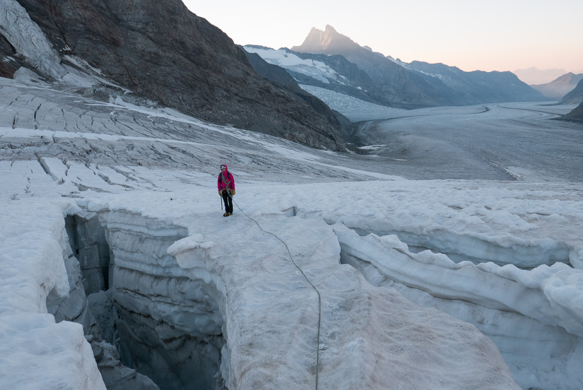 Large crevasses on the Jungfraufirn