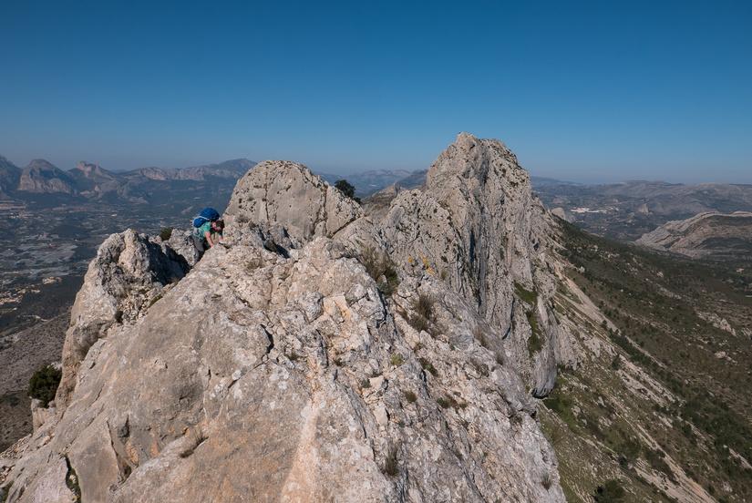 Exposed scrambling on the ridge